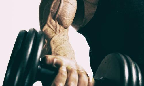 Две тренировки для верхней части тела, которые заставят ваши мышцы расти