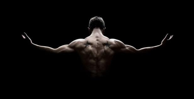 Упражнения на спине и подтягивание тела